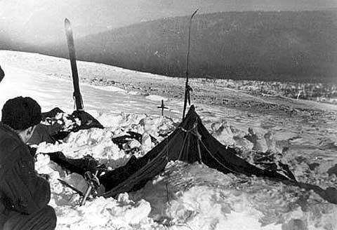 Corturile unde au campat membrii expeditiei Dyatlov