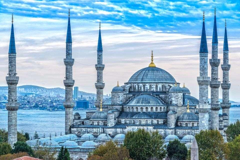 3. Moscheia Albastra, Istanbul, Turcia - © Luciano Mortula