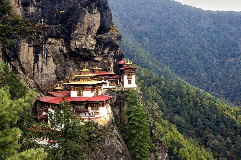 9. Paro Taktsang, Bhutan - © avikgenxt