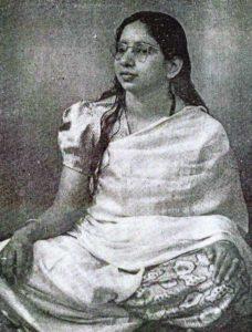 """""""Shanti Devi"""" înseamnă """"Zeiţa păcii"""" în sanscrită"""